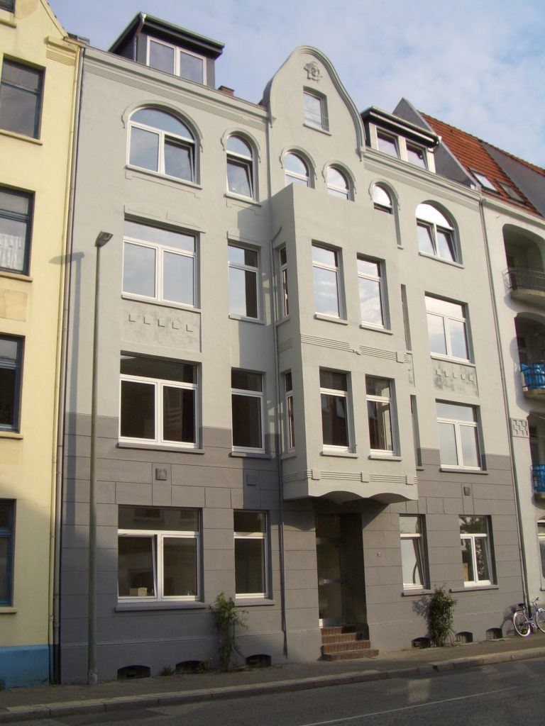 Viktoriastraße 13  Möblierte Teilappartements